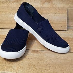 Steve Madden Royal blue shoes.